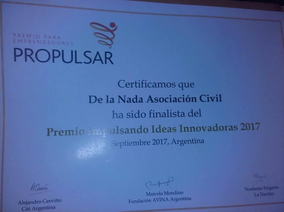Emprendedora de DE LA NADA finalista del Premio al Microemprendedor 2017  y   DE LA NADA  finalista del Premio Impulsando Ideas Innovadoras
